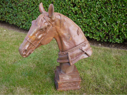 Arytree Rustic Horse Head Bust Sculpture